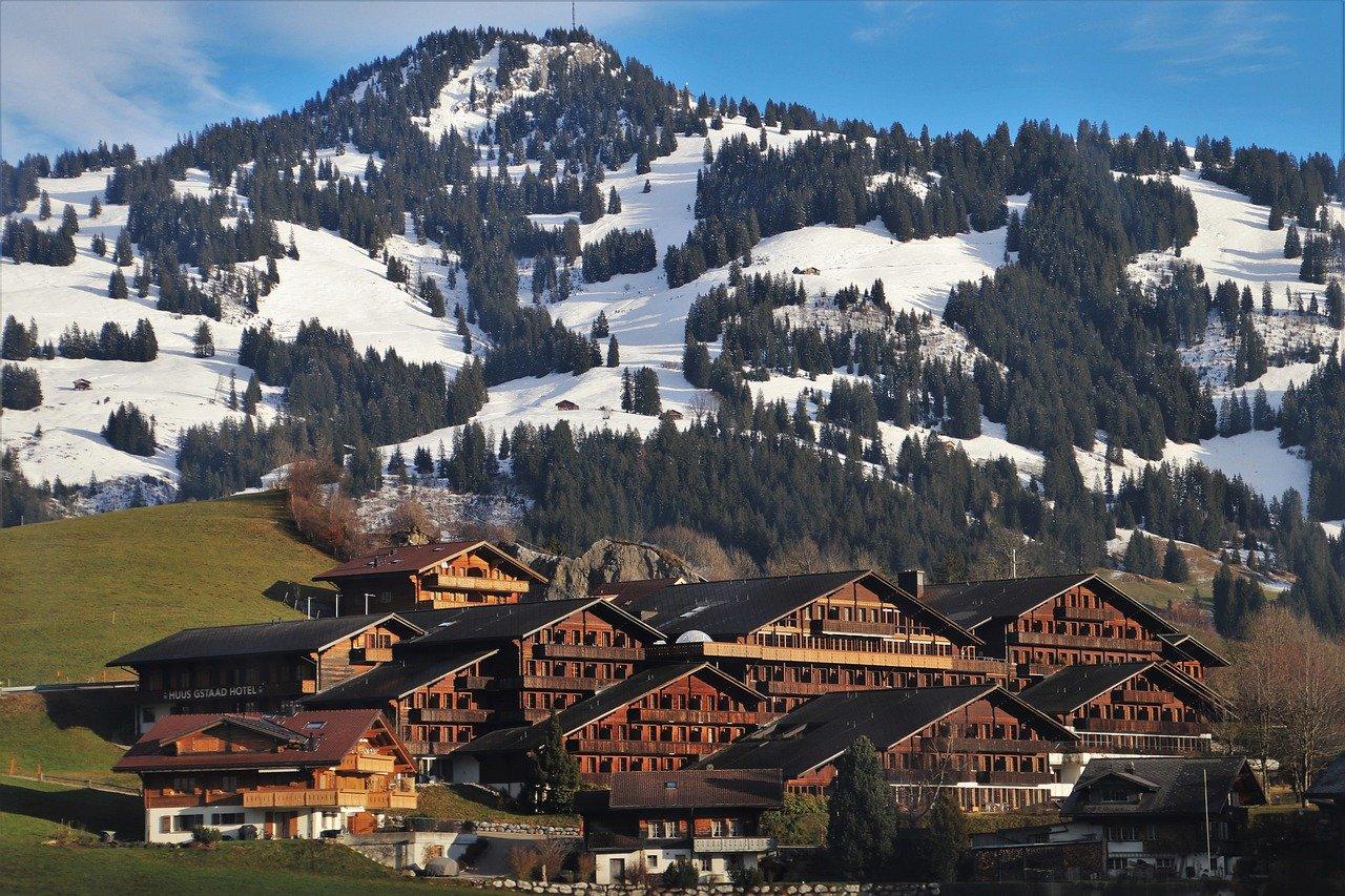 Quels types d'hébergements sont disponibles en montagne ?